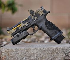Smith & Wesson   M&P Find our speedloader now!  www.raeind.com  or  http://www.amazon.com/shops/raeind