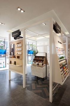 Cosmetic Display, Cosmetic Shop, Trade Show Design, Store Design, Store Plan, Store Displays, Shop Plans, Kitchen Flooring, Retail Design