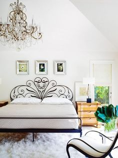 Wrought iron bed + traditional chandelier + eclectic design by Lynne Scalo Wrought Iron Bed Frames, Wrought Iron Headboard, Wrought Iron Decor, Wrought Iron Garden Furniture, Iron Furniture, Bedroom Furniture, Bedroom Decor, Cama Vintage, Feminine Bedroom