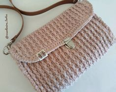 Tecendo Artes em Crochet: Minha Bolsa Tiracolo My Bags, Saddle Bags, Michael Kors, Sewing, Pattern, Crochet Bags, Fashion, Crossbody Bag, Beach Playsuit