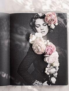 VintagePiken aka Line Kay Photography | Friday Love post | Painting Grace