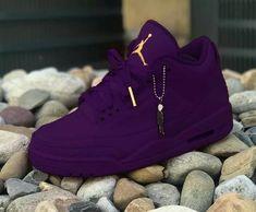 Lindão💛💛 Jordan Shoes Girls, Girls Shoes, Shoes Women, Teen Shoes, Loafers Women, Cute Sneakers, Shoes Sneakers, Shoes Jordans, Sneakers Design
