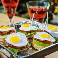 Recipe - Christmas Appetizers and Cocktail - Home & Family Popular Appetizers, Easy Appetizer Recipes, Easy Snacks, Appetizers For Party, Easy Meals, Thanksgiving Appetizers, Christmas Appetizers, New Year's Food, Xmas Food