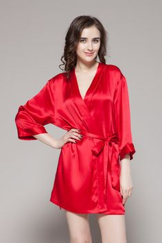 4e1587626c Online 100-percent pure and high quality ladies short silk robe are on sale.