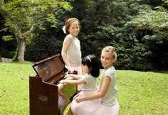 Spring Summer 2015 Girl - Piano