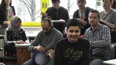 Jugendkonzert über_brücken  die ersten Workshops  Interkulturelles Kompositionsprojekt mit Jugendlichen Wir hatten eine unglaublich intensive erste Arbeitsphase deren Ergebnis sich gut sehen und besonders hören lassen kann. Wir freuen uns auf mehr mit unserem Team aus der Carl-Schomburg-Schule und musikalischen Gästen. Weiter gehts schon am 13. März mit den nächsten Workshops und am 9. Mai folgt dann schließlich das Konzert. über_brücken Dirigentin: Anja Bihlmaier Moderation: Constanze Betzl…