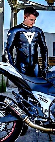 Motorcycle Men, Motorcycle Leather, Biker Leather, Motorcycle Outfit, Leather Men, Sexy Biker Men, Biker Boys, Mx Bikes, Camping Car