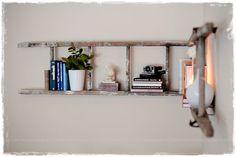 estanterias con escaleras decorativas