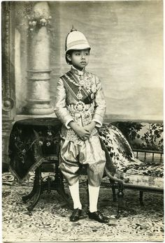 Crown Prince of Siam, Maha Vajirunhis มหาวชิรุณหิศ June 1878 - 4 January died of typhoid at age He was the first son of King Chulalongkorn (Rama V) and Queen Savang Vadhana Thailand Shopping, Thailand Travel, In China, Crown Prince Of Thailand, Franz Lehar, Thailand Pictures, Thailand Destinations, Buddha, Asian History