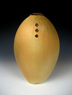 Elegant with fine detail. Kudos to Nick DeVries Pottery