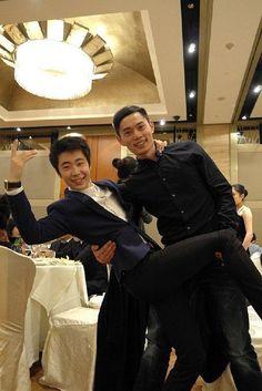 Boyang Jin and Yang Jin(China)