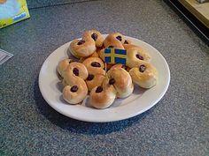 Lussekatter, ein schmackhaftes Rezept aus der Kategorie Schweden. Bewertungen: 25. Durchschnitt: Ø 3,9.