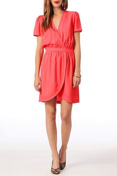 Robe rouge Clo&se by MonShowroom 69€ http://www.monshowroom.com/fr/zoom/clo-se-by-monshowroom/robe-lila/152566