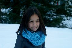 Free knitting pattern for a reversible cowl