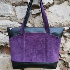 Sac Biguine en simili noir et suédine violette cousu par Lucile - Patron Sacôtin