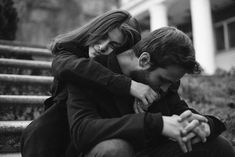 Couple Photoshoot Black And White - Couple Couples Poses For Pictures, Couples In Love, Romantic Couples, Couple Pictures, Wedding Pictures, Black And White Photography Portraits, Couple Photography Poses, Portrait Photography, Couple Posing