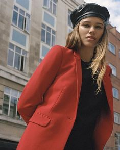 Like Comment 25,771 likes topshopBring tailoring back  Whether it's an update to your office wardrobe or a twist on your off-duty style, shop the pieces we're coveting. #TopshopStyle Click the link in the bio to shop.