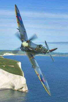 The Supermarine Spitfire was a British fighter plane used in WWII. It had a speed of 369 mph, was a short-range aircraft, over were built. Ww2 Aircraft, Fighter Aircraft, Military Aircraft, Fighter Jets, Aircraft Carrier, Spitfire Supermarine, Ww2 Spitfire, Image Avion, The Spitfires
