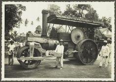 Een stoomwals van de Gemeentewerken te Manado