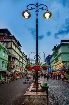 Gangtok, Sikkim, India Gangtok, Northeast India, Mother India, States Of India, Amazing India, Hill Station, Tibet, Darjeeling, Mughal Empire