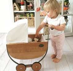 Wood Toys Wooden vintage play pram - I wish I could find someone to make this for A and E . Wood Toys, Wooden Baby Toys, Wooden Dolls, Vintage Baby Toys, Natural Toys, Montessori Toys, Handmade Home, Baby Toys Handmade, Handmade Wooden Toys