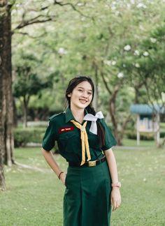 Cute Asian Girls, Beautiful Asian Girls, Girls Uniforms, Thailand, Students, Military, School, Style, Fashion