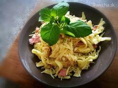 Tvarohové tagliatelle na jarnej cibuľke so šunkou a kôprom (fotorecept) Cabbage, Vegetables, Ethnic Recipes, Food, Meal, Veggies, Essen, Cabbages, Vegetable Recipes