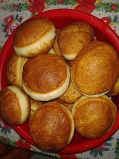 Beignets, Romanian Food, Pretzel Bites, I Foods, Food Art, Donuts, Herbalism, Bakery, Food And Drink