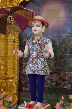 Saints Of India, Radha Rani, Krishna Wallpaper, Harajuku, Lord, Motivation, Style, Daily Motivation, Stylus