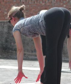 sexy yoga pants pic