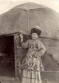 Teen girl in a yurt. Kazakhs. SEM photo archive