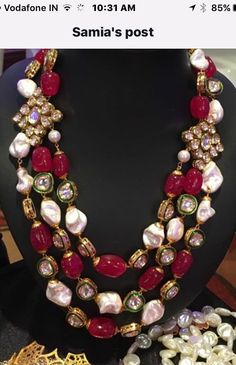 Latest Collection of best Indian Jewellery Designs. India Jewelry, Bead Jewellery, Pearl Jewelry, Antique Jewelry, Beaded Jewelry, Indian Wedding Jewelry, Bridal Jewelry, Ruby Beads, Stylish Jewelry