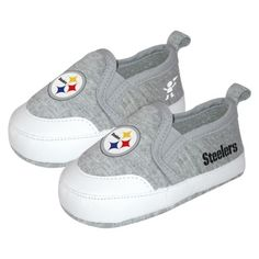 John would adore these Steelers shoes on Paisley:) I however wouldn't :(