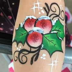 Sometimes it's the simple things. Today was fun painting at the Melbourne museum event #christmasparty #armpainting #holly #melbournemuseum