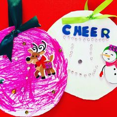 Simple and fun Christmas crafts for kids and toddlers to make this holiday season. All crafts are low prep DIY for toddlers as young as Easy Christmas Crafts For Toddlers, Diy Christmas Art, Diy Crafts For Teen Girls, Christmas Gift Decorations, Magical Christmas, Crafts For Kids To Make, Christmas Crafts For Kids, Simple Christmas, Art For Kids
