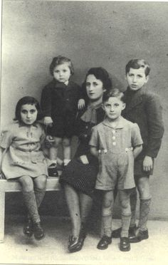 The Biglaizer family lived at 86 rue du Faubourg Saint-Denis, Paris prior to their deportation to Auschwitz. The children Bernard (b. 30/11/1930), Lucienne (b. 18/7/1933), Paul (b. 1/12/1934) and Claude (b. 28/11/1938) with their mother Beila (b. 1906 Poland) were deported on Aug. 17 1942 and were all murdered on Aug. 20 1942 at Auschwitz