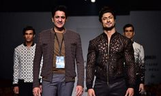 Vidyut Jammwal grooves to 'Uptown Funk' on AIFW runway  #Bollywood #Movies #TIMC #TheIndianMovieChannel #Entertainment #Celebrity #Actor #Actress #BollywoodNews #indianactress #celebrities #BollywoodCouple #BollywoodUpdates #BollywoodActress #BollywoodActor #News