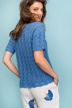 Strikkeopskrift: Blå bluse med hulmønster Knitting Patterns Free, Free Knitting, Free Pattern, Double Crochet, Knit Crochet, Crochet Pattern, Drops Design, Drops Baby, Rose Jacket