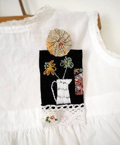Brooch - Hand stitched and embroidered - florals in french pitcher brooch by the Strolling Stitcher 2019 Fabric Jewelry, Vintage Buttons, Cotton Thread, Fabric Scraps, Lapel Pins, Hand Stitching, Florals, Embroidery, Wool