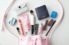 What's In My Bag - Lauren Loves