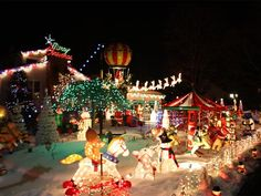 Outrageously Over-the-Top Christmas Light Displays!