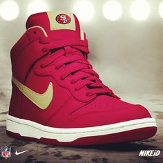 Game day style. Jersey Patriots, Patriots Logo, England Patriots, 49er Shoes, Nike Shoes, Sneakers Nike, Roshe Shoes, Boy Shoes, Shoes Men