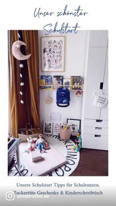 School Days, Back To School, Funny Facebook Posts, Entering School, First Week Of School Ideas, Kids Interior, School Decorations, Facebook Marketing, School Fashion