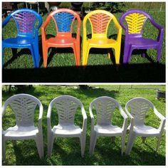 Paint Plastic lawn chairs. #plasticpatiochairs Plastic Patio Furniture, Plastic Patio Chairs, Painted Outdoor Furniture, Lawn Chairs, Diy Furniture, Outdoor Chairs, Outdoor Decor, Painting Plastic Chairs, Paint Plastic