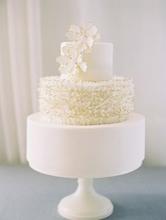 Ruffled Maggie Austin cake
