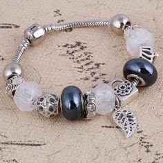 2.38$  Buy here - 2017 New Fashion Silver Charm Bracelet For Women Leaves Pendant Bracelet 4 colors Crystal Glass Beads Vintage Bracelets & Bangle   #aliexpressideas