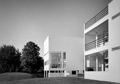 Richard Meier /// House in Old Westbury (Weinstein House) /// Old Westbury, New York, USA /// 1969-71