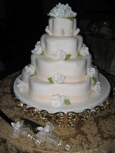 Our Pastry Chefs create art! #cakes #weddings #receptionpalace #quinces