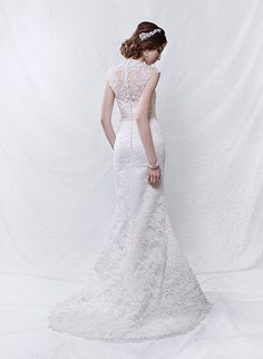 Back view of gown LV 5032.  Headpiece also available from Peter Trends stockists.