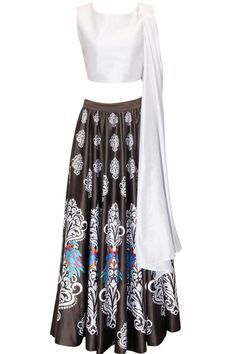 White and black mithu print crop top and skirt set by Surendri.    Shop now:  http://www.perniaspopupshop.com/designers/surendri-by-yogesh-chaudhary     #shopnow #perniaspopupshop #surendri